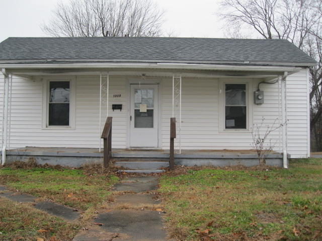 Photo of 1008 ASKIN ST Martinsville VA 24112