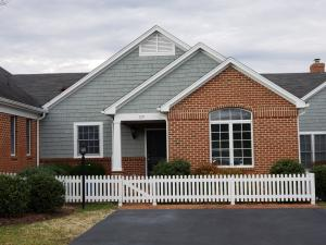 129 Village Green DR, 9, Penhook, VA 24137