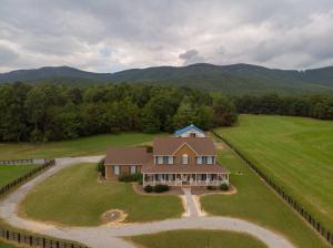 1051 Lonesome Pine DR, Blue Ridge, VA 24064