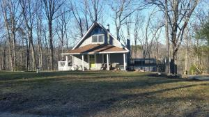 183 Indian Run TRL, Hardy, VA 24101