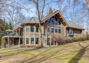 35 Lake Pointe Cove CT, Glade Hill, VA 24092