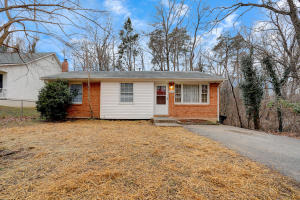 3411 Westmoreland DR, Roanoke, VA 24018