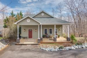 614 Forest Lawn DR, Moneta, VA 24121