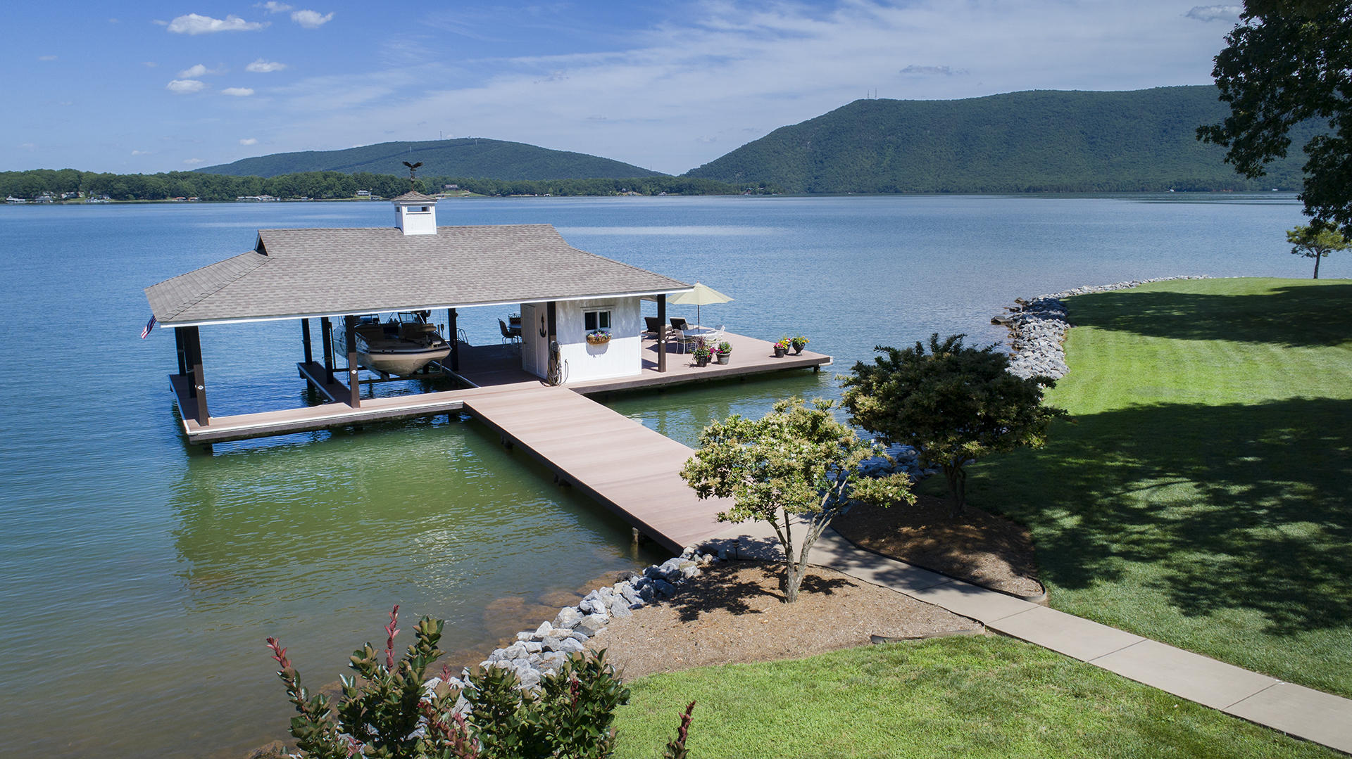Waterfront Homes in Bedford County, VA | Smith Mountain Lake
