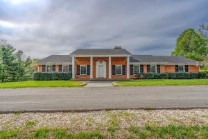4008 Cravens Creek RD, Roanoke, VA 24018