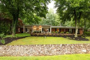 3638 Heritage RD SW, Roanoke, VA 24015