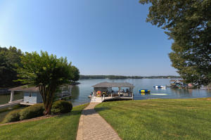 140 Spinnaker Sail CT, Moneta, VA 24121