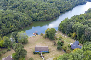 504 Witcher Creek LN, Huddleston, VA 24104