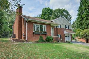 3249 Woodland DR SW, Roanoke, VA 24015