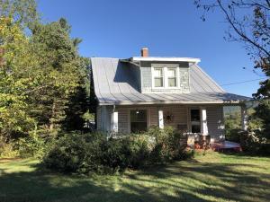 4532 Yellow Mountain RD, Roanoke, VA 24014