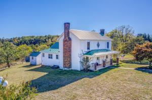 154 Wysong Mill RD, Hardy, VA 24101