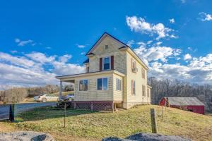 1872 Turner Branch RD, Goodview, VA 24095