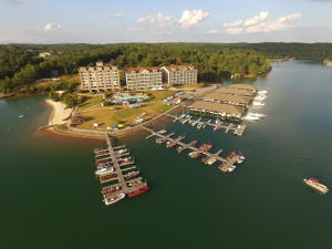 The Pointe at Mariners Landing