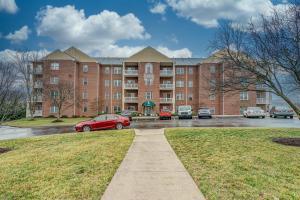 4438 Pheasant Ridge RD SW, 204, Roanoke, VA 24014