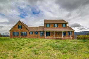 334 Day Farm RD, New Castle, VA 24127