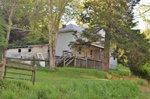 1365 Shawsville Pike NE, Check, VA 24072