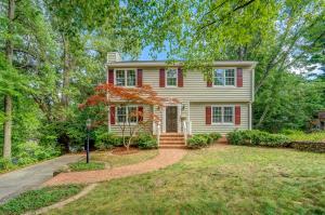 2304 Mount Vernon RD SW, Roanoke, VA 24015