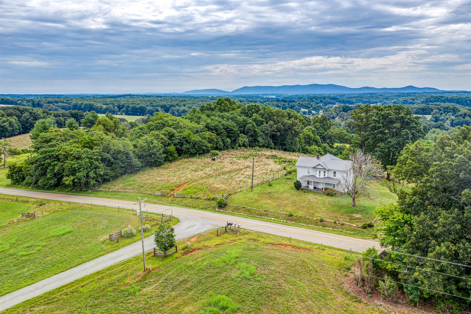 Photo of Tract B Crafts Ford RD Wirtz VA 24184
