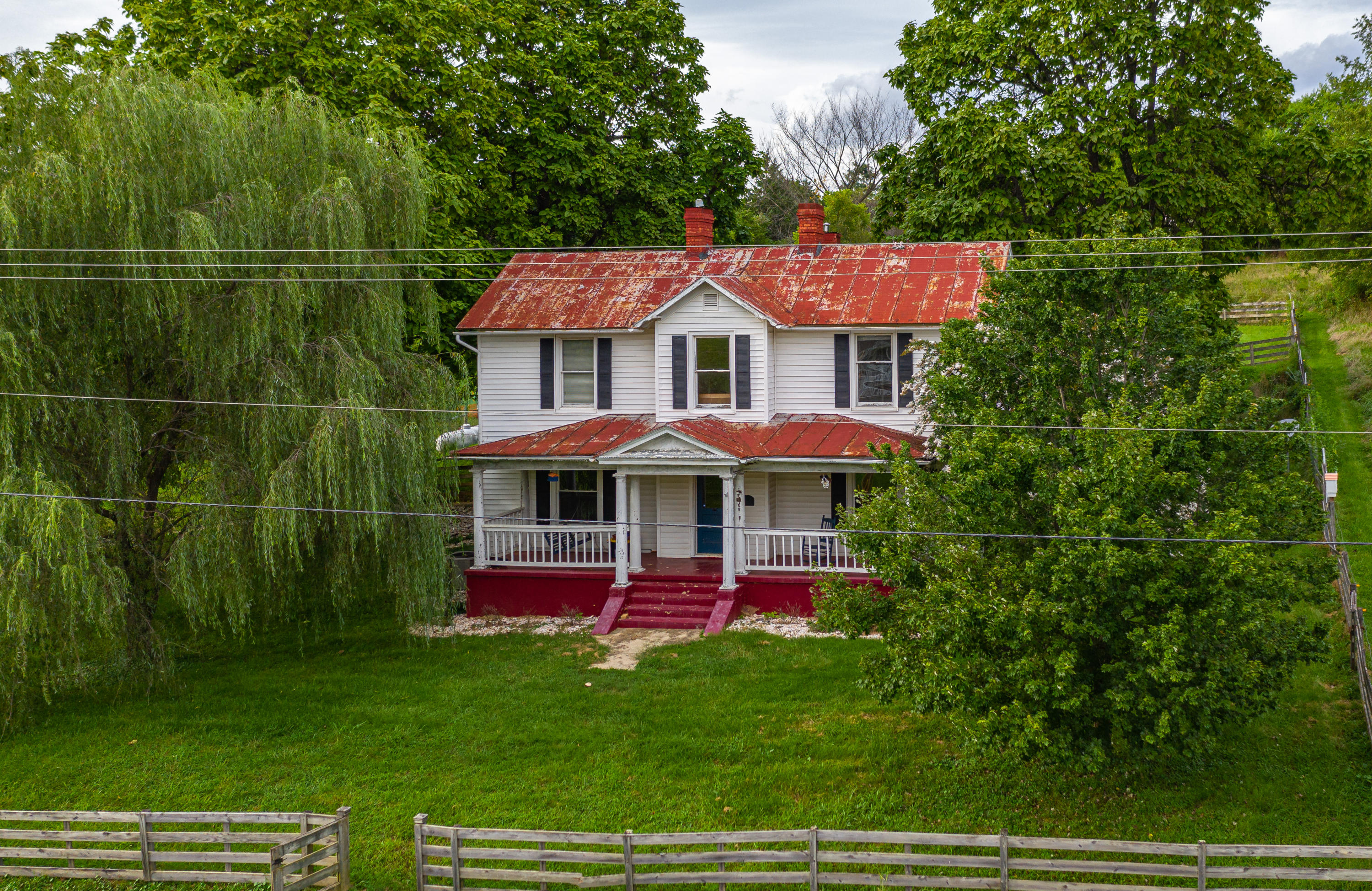Berkshire Hathaway Homeservices Smith Mountain Lake Real Estate 1768 Trinity Rd Troutville Va Mls 872798