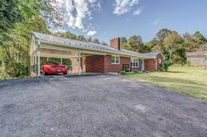 279 Morgans Fork RD, & 301, Penhook, VA 24137