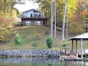 269 Highland Lake RD, Union Hall, VA 24176