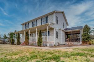 1183 Carroll RD, Goodview, VA 24095