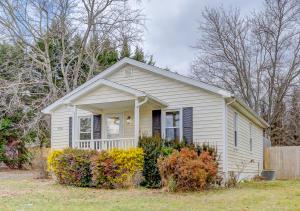 915 N North Mill Rd RD, Salem, VA 24153