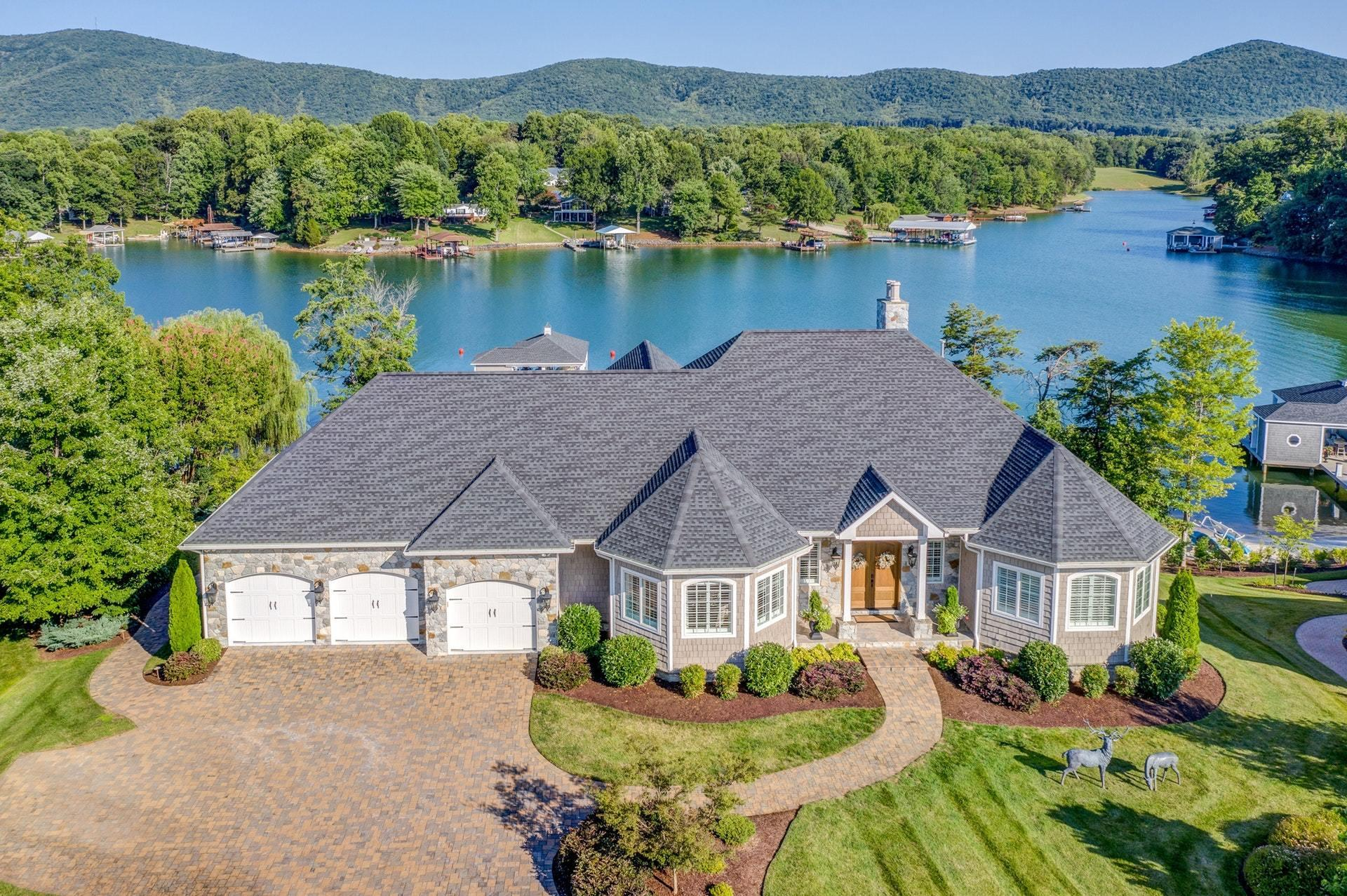 Lake Front Homes 600 000 And Up Smith Mountain Lake Properties