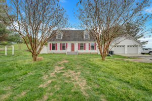 4761 Mountain Pass RD, Troutville, VA 24175