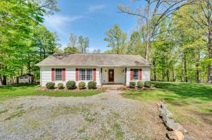 20 Hickory Woods LN, Hardy, VA 24101