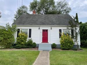 1614 MILLBROOK ST, Salem, VA 24153