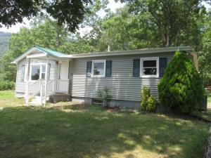 3779 Flatwoods RD, Elliston, VA 24087