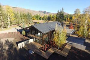 13402 STATE HIGHWAY 75, Ketchum, ID 83340