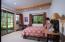 Guest Room 16