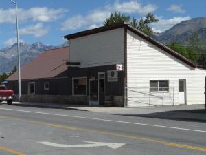 516 W Custer St, Mackay, ID 83251