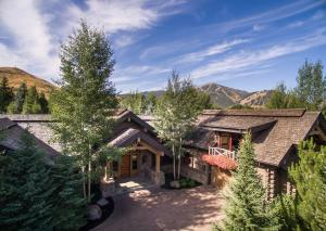7 Old Dollar Rd, Sun Valley, ID 83353