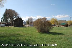 603 S McCaleb Ave, Mackay, ID 83251