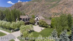 46 Lane Ranch Rd E, Sun Valley, ID 83353