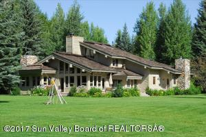 121 WILDERNESS Dr, Ketchum, ID 83340