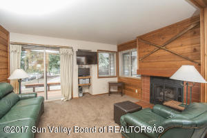 4119 Bluff Condo Dr, Sun Valley, ID 83353