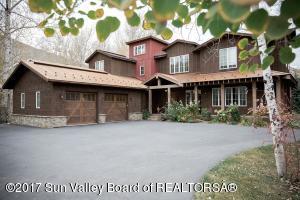 251 W Cedar St, Hailey, ID 83333
