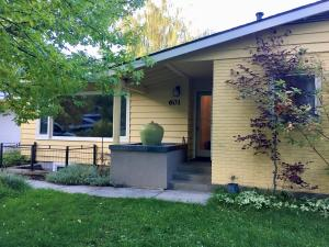Classic Old Hailey Rambler at 602 South 4th Avenue. 12,000 SF lot - 4 city lots.