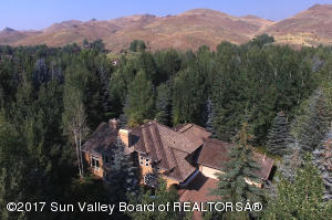 2 Woodruff Ct, Sun Valley, ID 83353