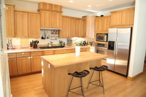 411 S 2nd Ave, Hailey, ID 83333