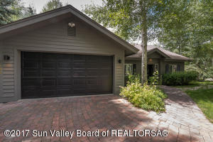 102 Blue Bell St, Sun Valley, ID 83353