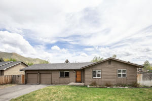 1571 Baldy View Dr, Hailey, ID 83333