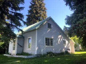 221 2nd St S, Bellevue, ID 83313