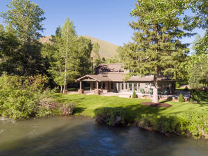 114 Abby Rd, Unincorporated Blaine County, ID 83340