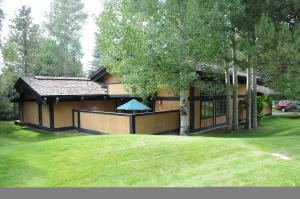 One of the original homes on the Fairways, there are hardly any Sun Valley homes more classic than this gem.