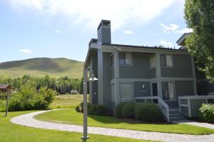 1327 New Villager, Sun Valley, ID 83353